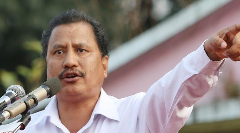 विप्लवका जिल्ला सचिवद्वारा आत्मसमर्पण «       Pariwartan Khabar
