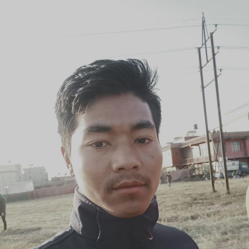 राजेस लामा