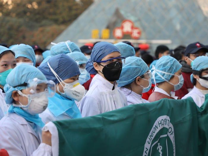 कोरोनाका कारण दुई सयभन्दा बढी चिकित्सकको मृत्यू, हजारौं स्वास्थ्यकर्मी संक्रमित - nepnews